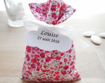 Ballotin à dragées Mariage et Baptême, Tissu Liberty Phoebe rose, ruban satin blanc, étiquette papier personnalisée, communion, sachet