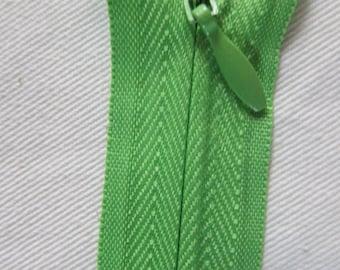 Closure Invisible green 25cm
