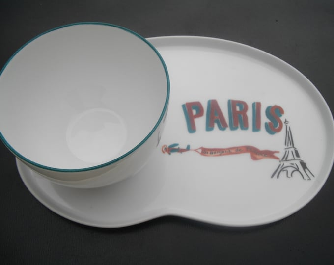 Cup / lunch / Cup and saucer / great breakfast / handpainted / porcelain / Eiffel Tower/Paris