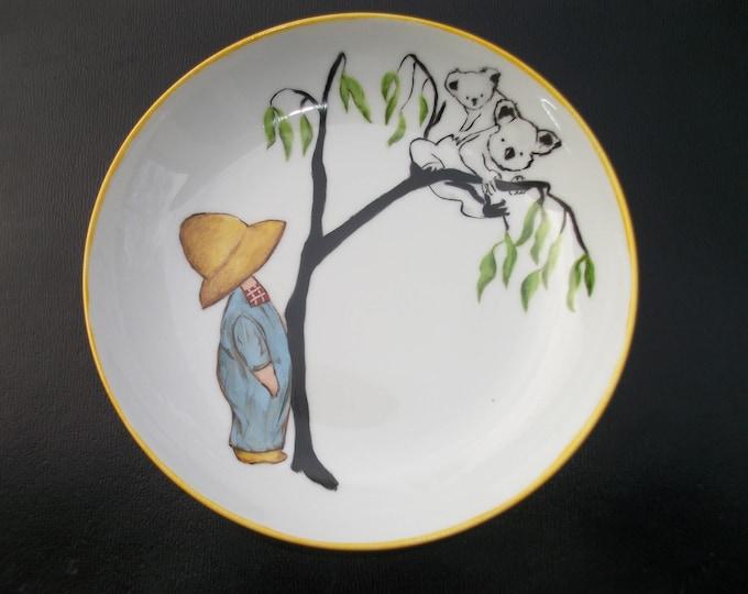 Base Cap / handpainted porcelain / boy French handmade / vintage