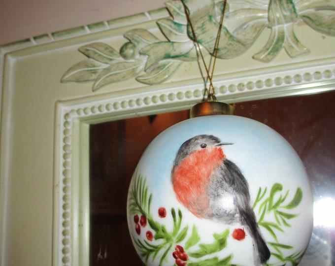 Christmas ornament handpainted porcelain / Robin