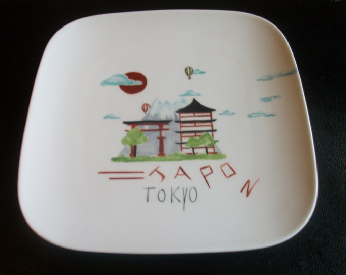 square plate / handpainted on porcelain theme / Tokyo / craft creation.