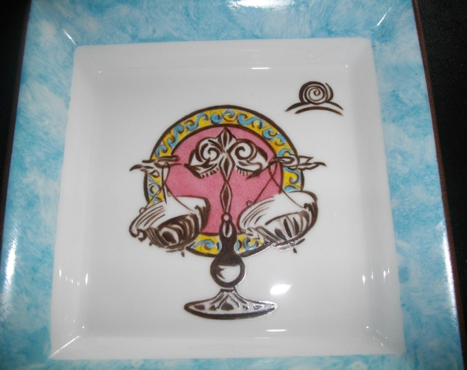 empty pockets Zodiac /signe hand painted Limoges porcelain / balance