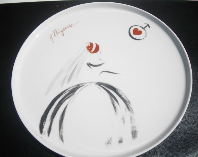 craft creation/porcelain hand painted round tray or pie dish / happiness/marriage