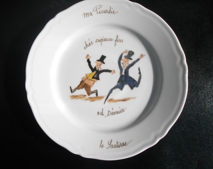 /blason porcelain hand painted humorous dessert plate folk/nickname/Picardy / Demuin