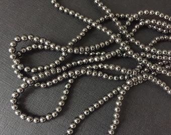 2ee649fb8cda Row 100 hematite beads