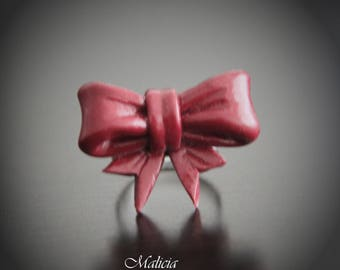 Burgundy bow ring with polymer clay