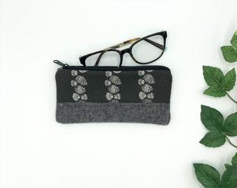 Eye Glass case, Pearly Shells