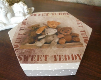 Teddy bear beige and taupe wooden octagonal box