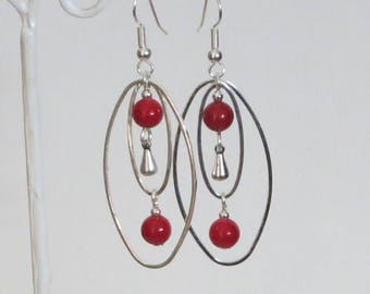 Freshwater Pearl drop earrings, red, oval, drop in silver, chic and original jewelry