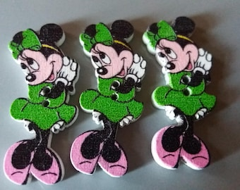 Set of 3 pretty minnie green colored wooden buttons