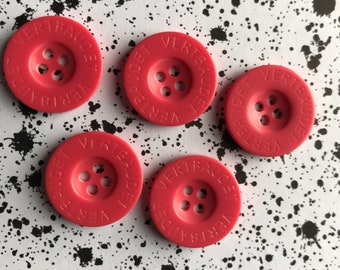 Set of 5 coral buttons