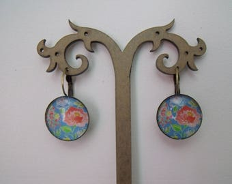 LIQUIDATION cabochon earrings 20 mm in bloomed glass