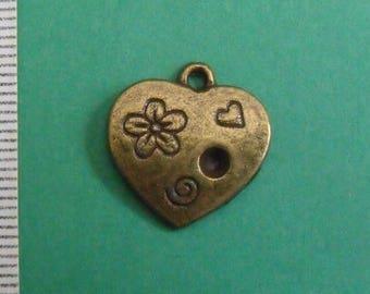 bronze charm, heart, 18mmx17mm