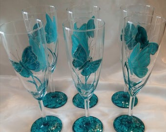 CHAMPAGNE BUTTERFLY FLUTES