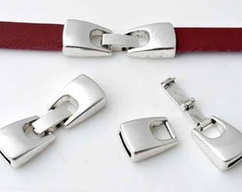 Silver metal clip clasp