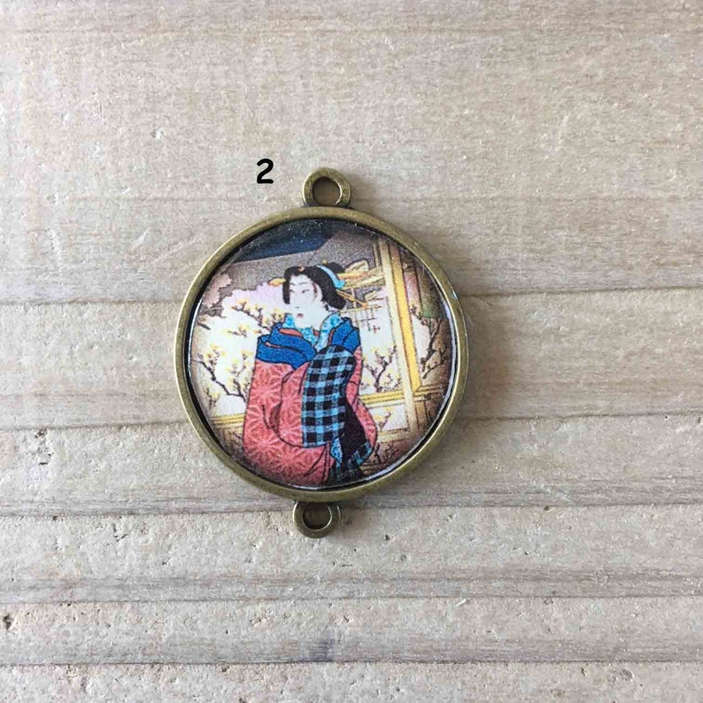 resin or 2.5 cm glass cabochon Charm cabochon Japanese woman holder bronze metal connector