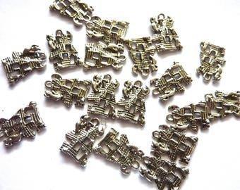 19 charms 2 silver haunted house cms by 1.5 cm
