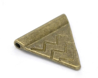 Bead spacer triangle brass 14mm x 14mm, set of 10 Pcs