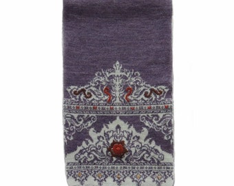 Women's scarf jacquard knitted reversible with hand embroidered details, alpaca blend