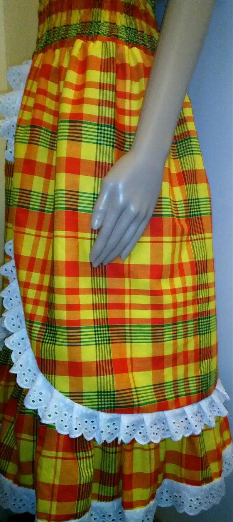 Robe femme  en madras dentelle et smock