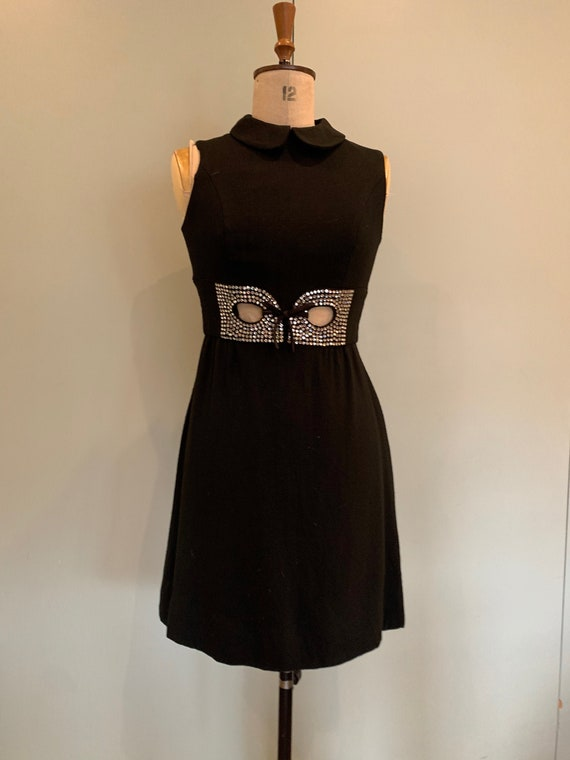 60s, Audrey Hepburn style, Black Mini Dress,