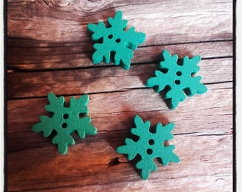 4 snowflake 20 mm Green wood buttons