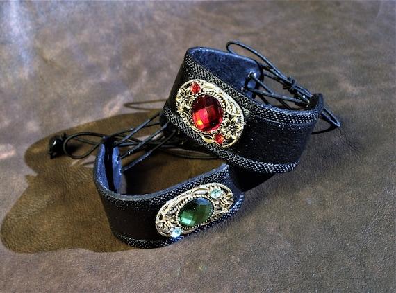 Bracelet boho modern leather fancy black cabochon