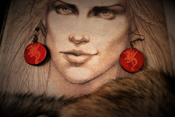 Medieval fantasy leather pattern coat Perouges dragon earrings