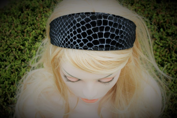 Hair on calfskin headband, with scales cuts, unique hairstyle, doubled with genuine leather, black