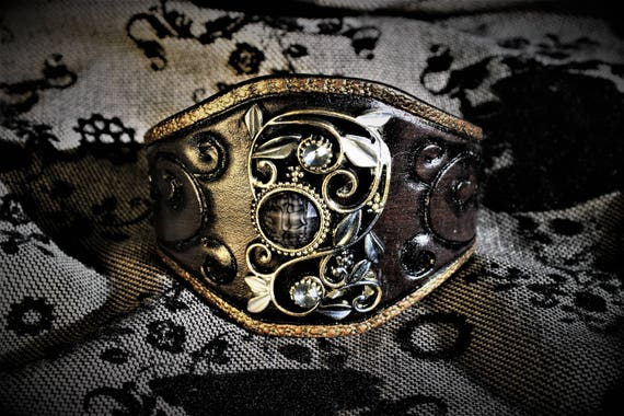 leather wrist cuff, bracelet, victorian, steampunk, black and gold for glamourous woman