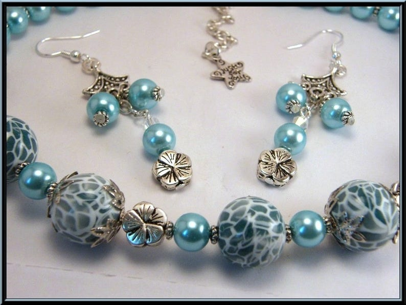 Necklaceearrings set Pearl fimo effect MOZAIC and glass bead.