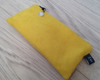 Yellow suede bag Kit