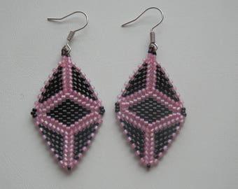 Triangle Diamond miyuki black and pink Dangle Earrings