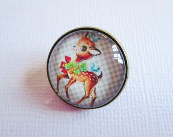 """Sweet Memories"", costume jewelry brooch"