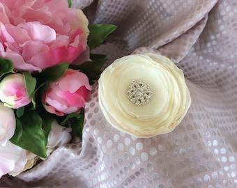 Flower 6.5 cm ivory chiffon with Rhinestone