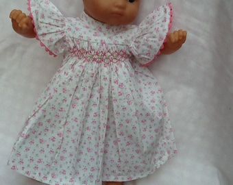 Clothes for dolls dress has small flowers, ref 12