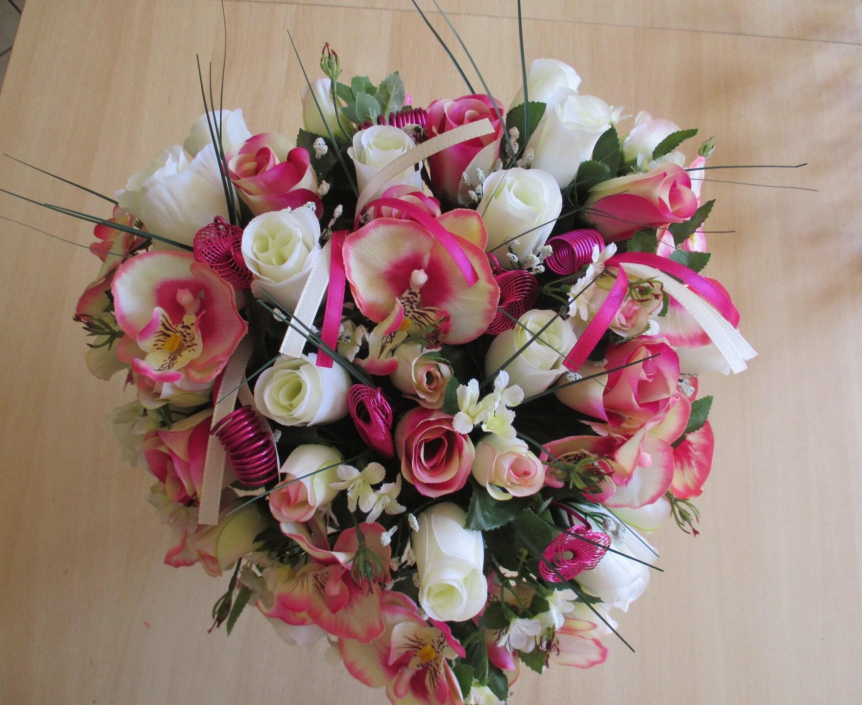 bouquet de mariée fuchsia et crème forme coeur   etsy