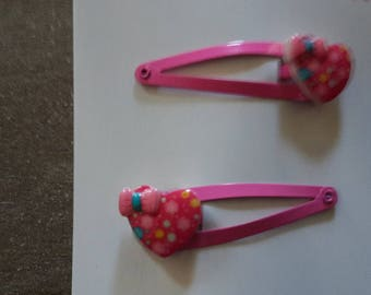 Spring hearts bow