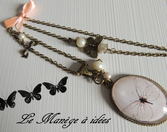 Pendant necklace, bronze, Cabochon, the pretty butterfly, romantic.