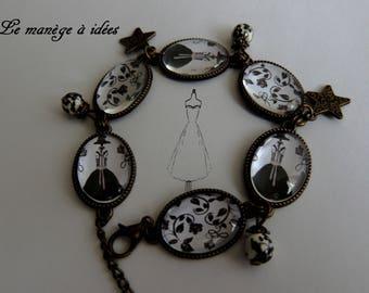 Bracelet / Cabochon / glass/Metal/Bronze adjustable, Paris Chic, Vintage sewing.