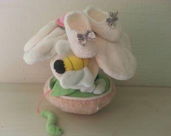 Petits Petons blancs 36 semaines   + réhaussés d un noeud liberty -  chaussons pour prématurés a1f0f86c5a9