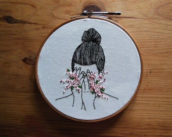 Embroidery ' Flower Power' 18 cm