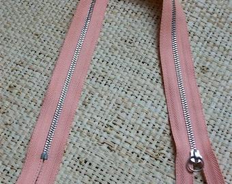 Size 41, 5cm, salmon color zipper