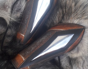READY TO SHIP- Leather archer vambraces (pair)