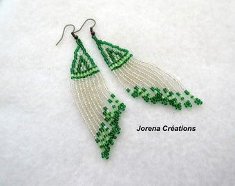 Pendants earrings with mother of Pearl and green seed beads