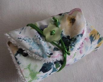 Pochette à savon de voyage imprimé fleurs - Range savon coton fleuri et  éponge - Pochette faite main idée cadeau - Etui à savon pour femme cedaa08071e
