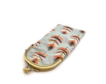 Feather printed fabric glasses case