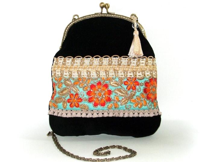 58f891351a Sac bohème besace minaudière,sac fermoir métal porte monnaie,velours et  broderie,sac
