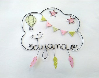 "Name wire ""Balloon in the rain with feathers"" customizable wall decor for child's room"